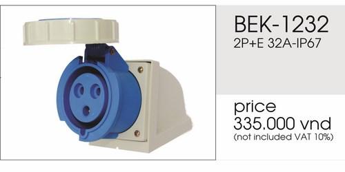 Giá ổ cắm gắn nổi 3 chấu 32A kín nước BEK-1232